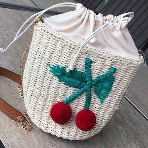 🍒Straw woven cherry pom-pom crossbody bucket bag